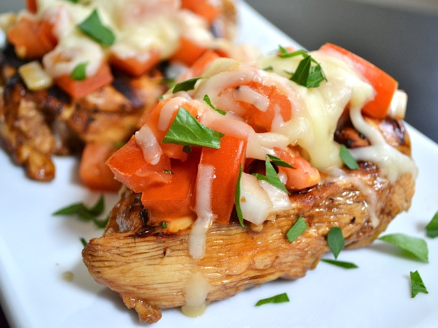 Bruschetta Chicken close